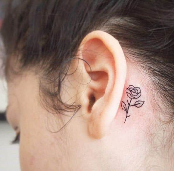 Minimalistic Floral Tattoo by Jessica Channer