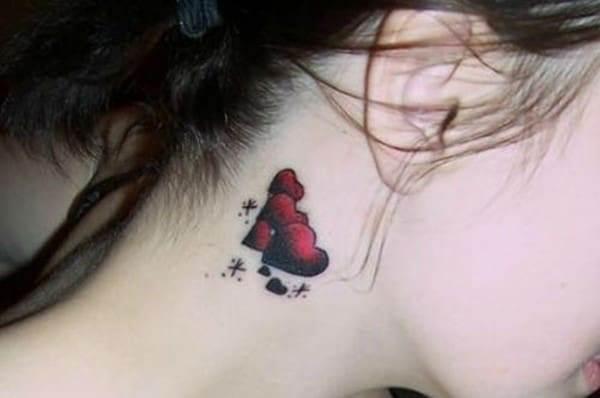 behind-the-ear-tattoos31