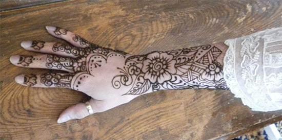 hand-tattoos-13