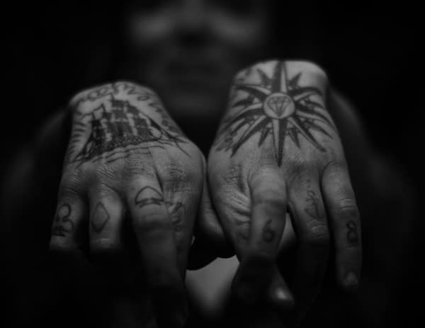 hand_tattoos_20