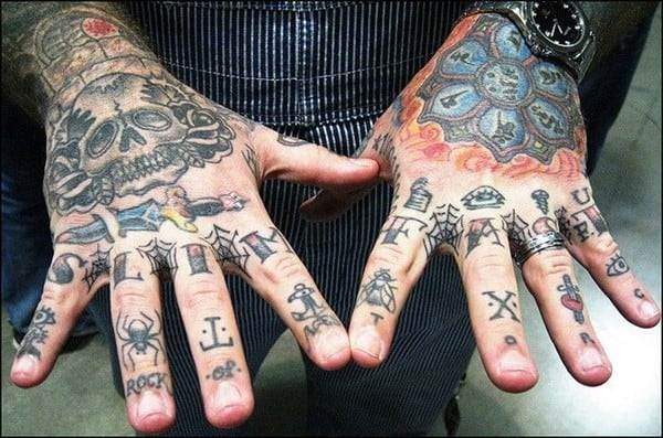 hand_tattoos_46