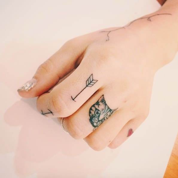 Cat and Arrow Finger Tattoos by Doy