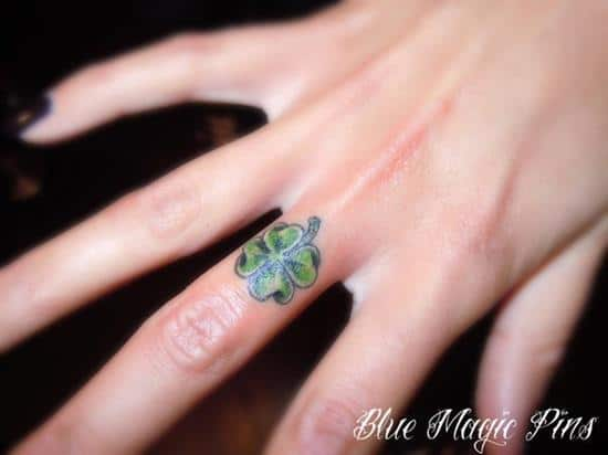 22-Little-Clover-Finger-Tattoo