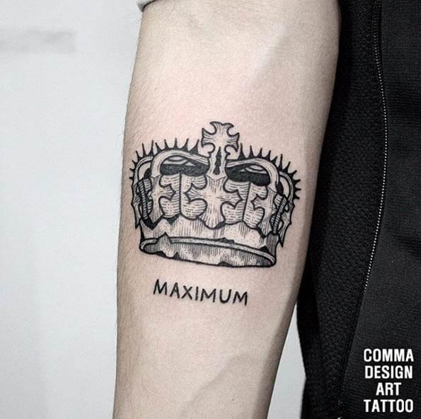 Crown Tattoo by Kim Dohuyn