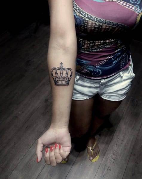 Black and Gray Crown Tattoo by Ponta Verde