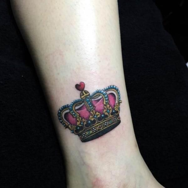 crown-tattoo-23-650x650