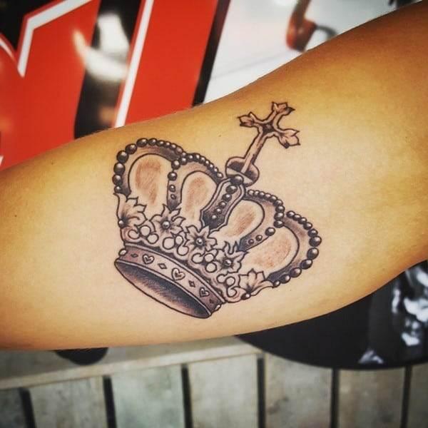 crown-tattoo-27