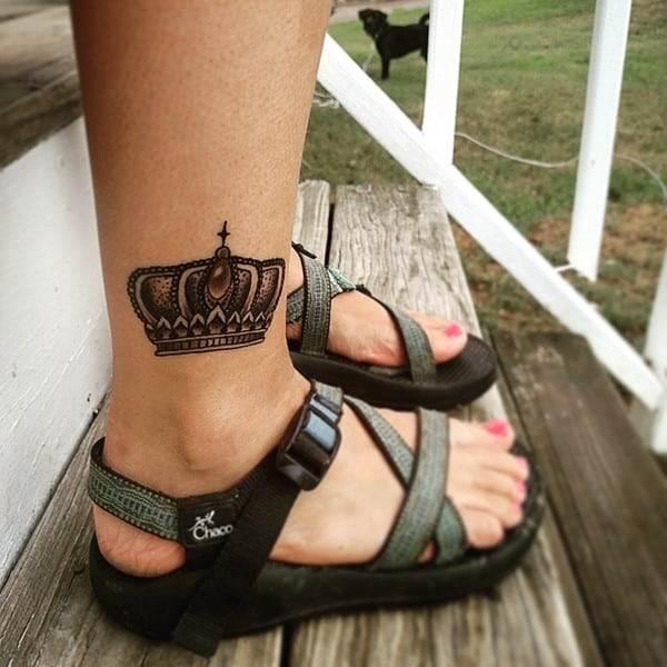 crown-tattoo-28