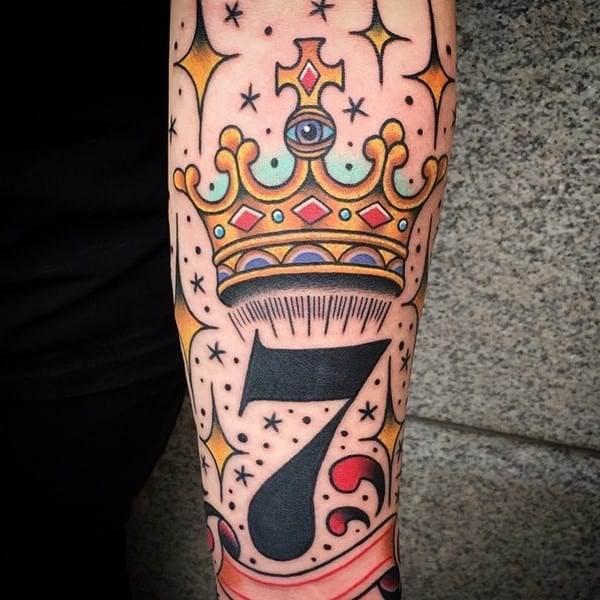 crown-tattoo-31