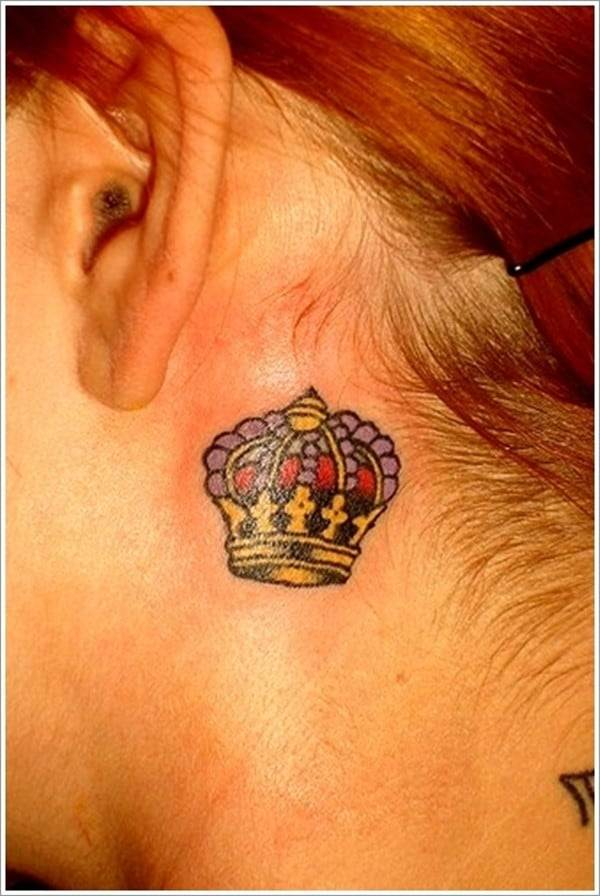 Cute-Small-Crown-Tattoo-for-Women