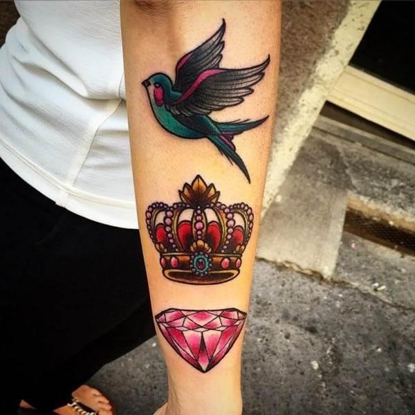 crown-tattoo-13-650x650