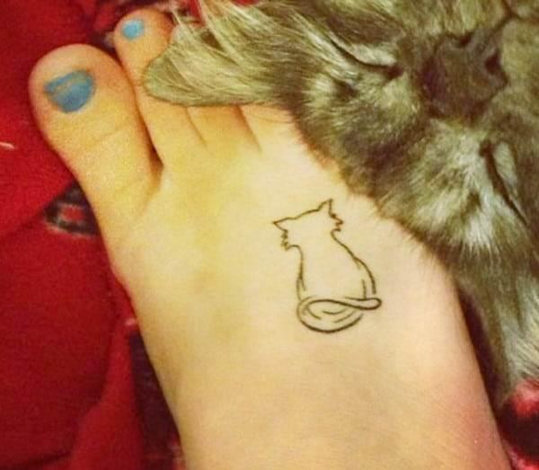 AD-Minimalistic-Cat-Tattoos-43
