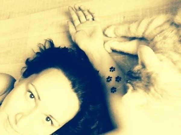AD-Minimalistic-Cat-Tattoos-50