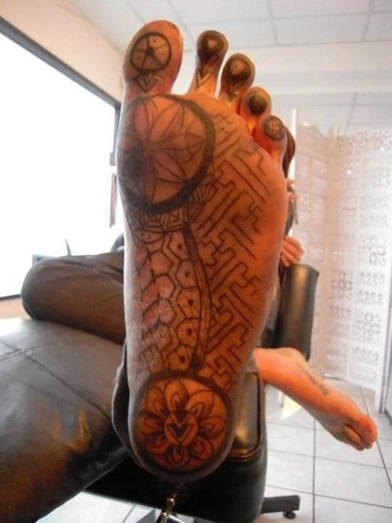 Feet-Tattoo-Designs-42