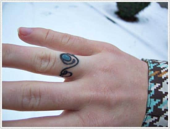 small-ring-tattoo