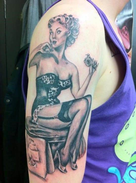 tattoo-shoulder-pin-up