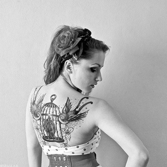 1-swallow-back-tattoo