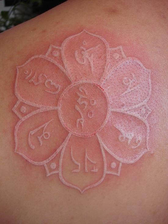 4-White-Ink-Tattoo