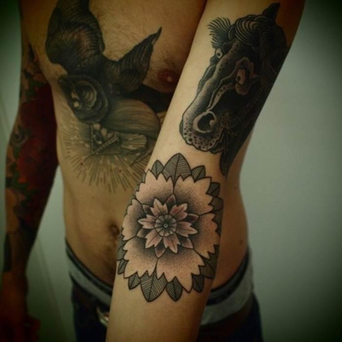 tattoos for men-10