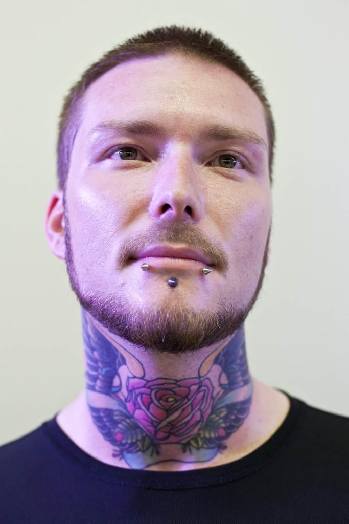 Cool Tattoo Design on Neck