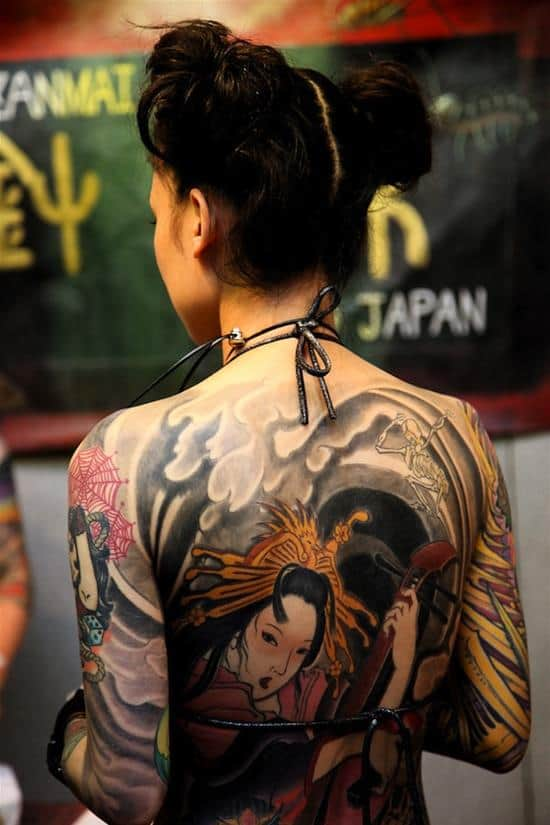 geisha-tattoo-instrument