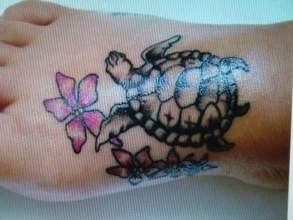 turtle-n-pink-flower