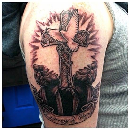 Cross tattoos designs ideas men women best (36)