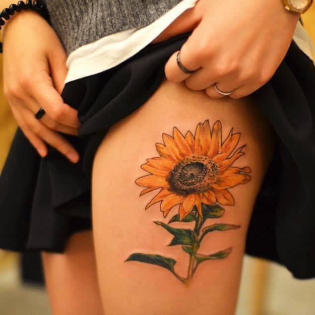 Sunflower Tattoo on Hand by Ilwol