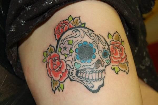 Roses And Sugar Skull Tattoo Designs
