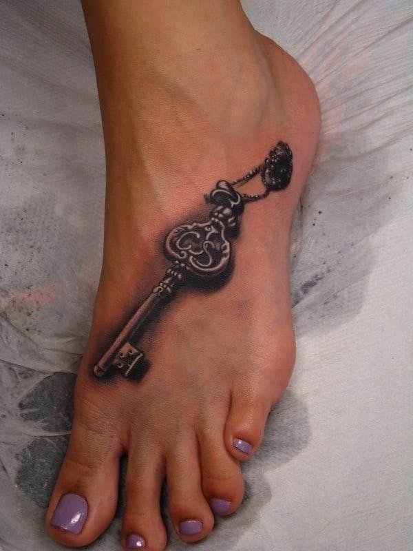key-tattoo-feet