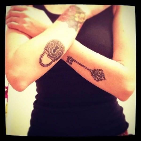key-tattoo-lock-on-arms