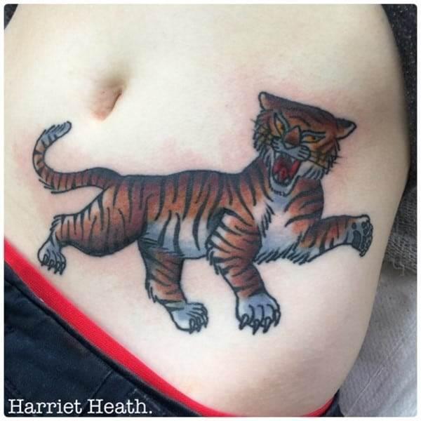 hip_tattoos_99