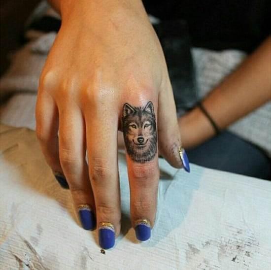 2-Wolf-Tattoo-on-finger
