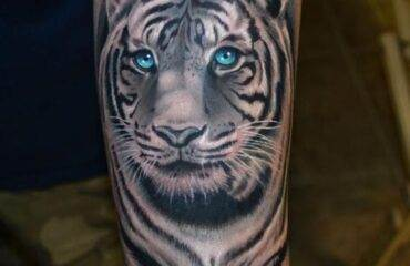 Eye-Catching Tiger Tattoo Designs & Meanings