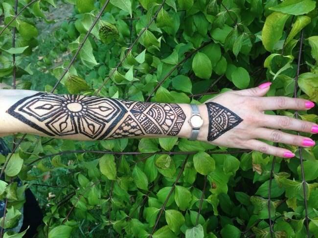 henna tattoo on arm