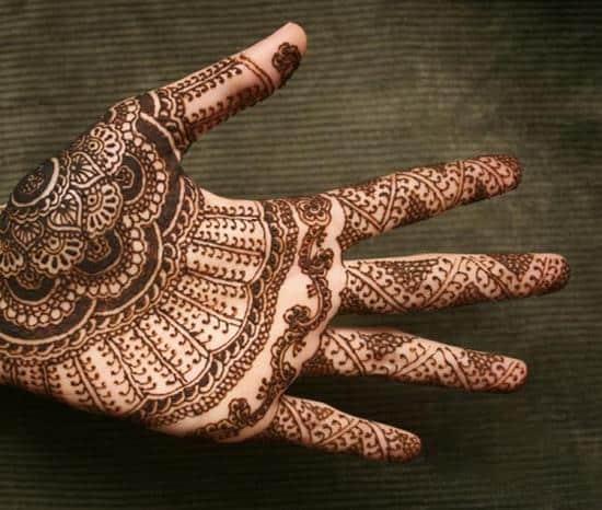 12-henna-hand-tattoo600_508