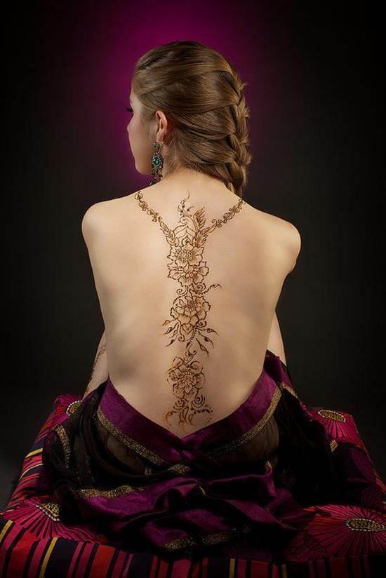 23-nicolette-henna-rung_534_800