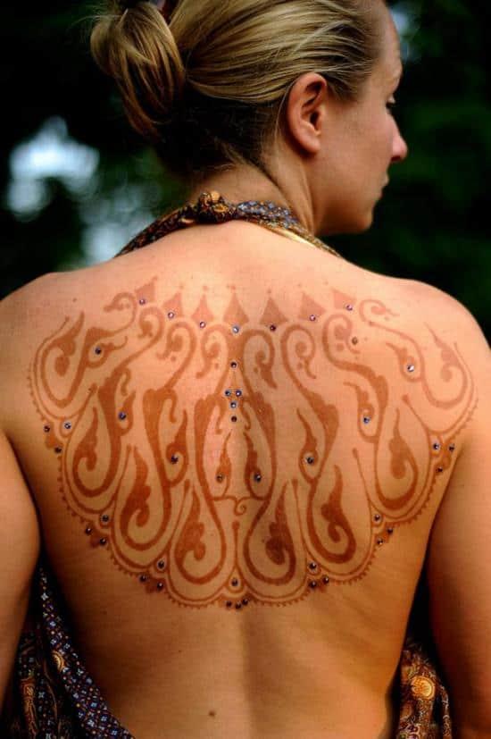 30-beauteous-henna-back600_902