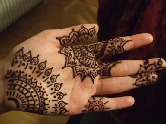 33-henna-design-on-my-hand600_450