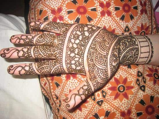21-henna-for-a-guest600_450