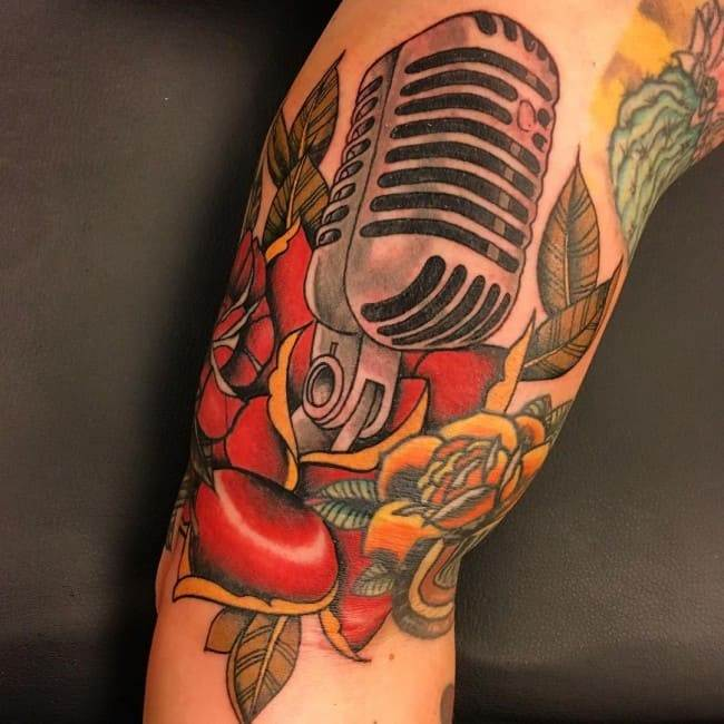 rose and microphone