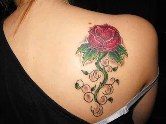 Rose-tattoo-on-back-shoulder
