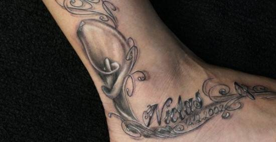 Beautiful-Ankle-Tattoo-with-Name-and-Date