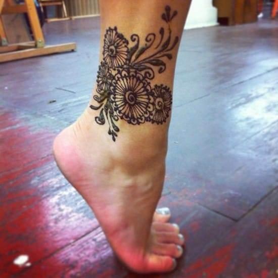 6-henna-lotus