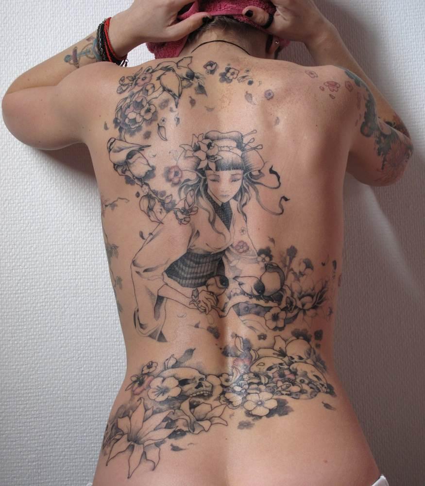 Beautiful Tattoos for Girls.46
