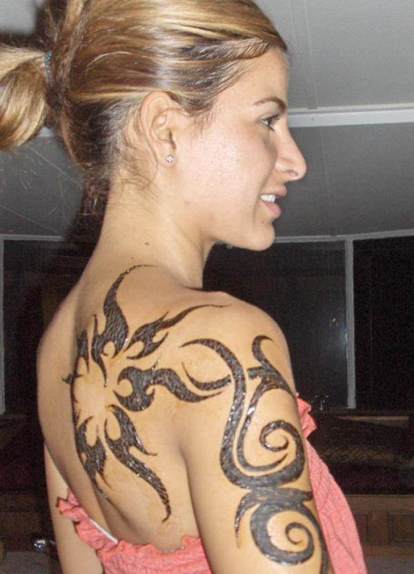 Tribal Tattoos for Women.23