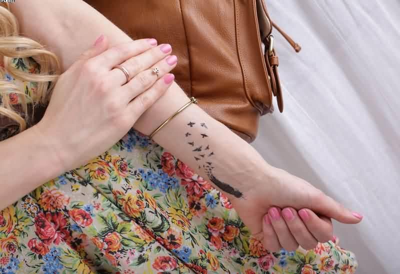Wrist-Tattoos Design (17)