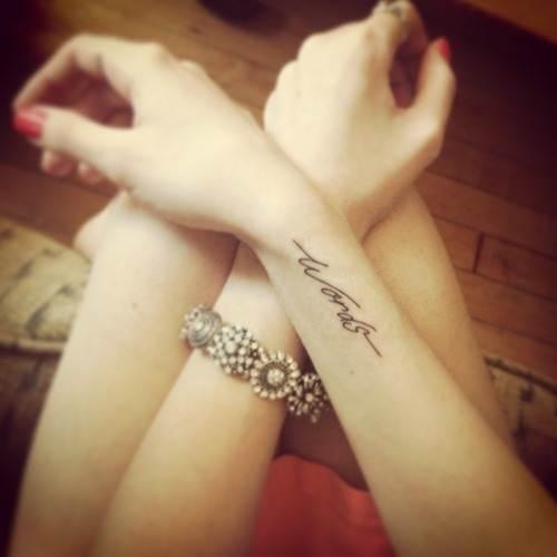 Wrist-Tattoos Design (24)