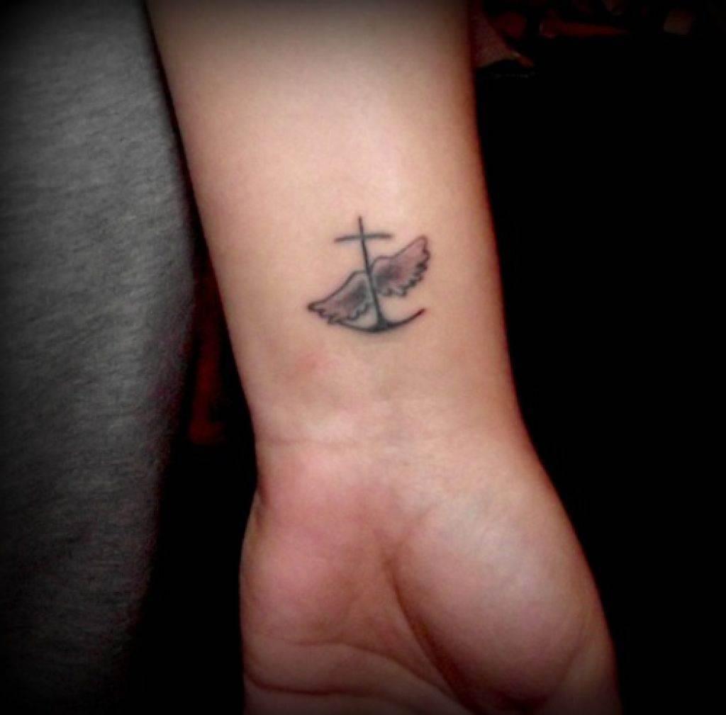 Wrist-Tattoos Design (33)