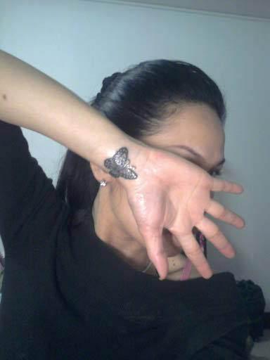 Wrist-Tattoos Design (6)